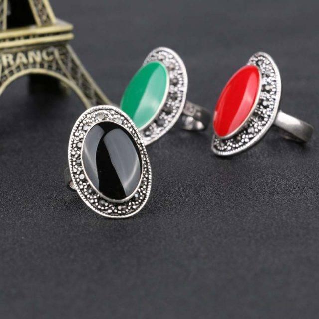 Women's Vintage Oval Enamel Ring