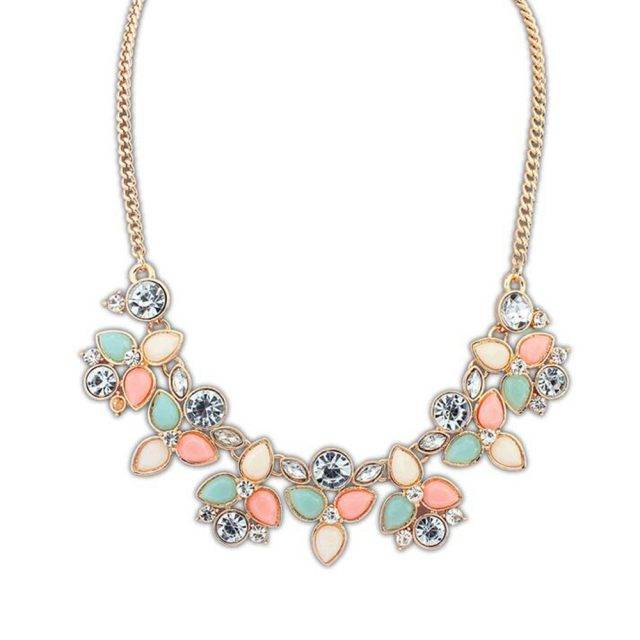 Women's Charming Floral Necklace