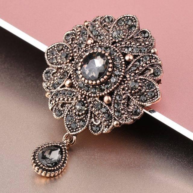 Women's Silver Flower Crystal Brooch