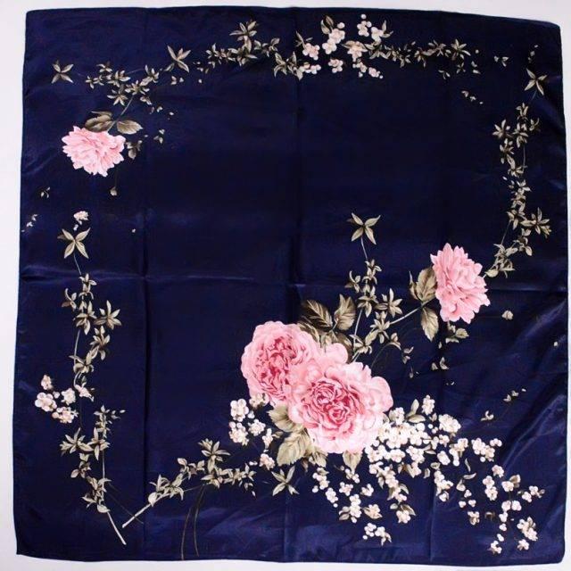 Elegant Chinese Style Roses Print Silk Scarves