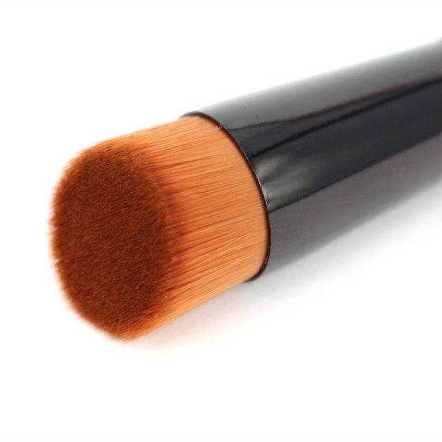 Professional Beveled Makeup Brush