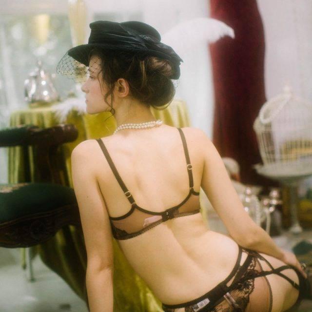 Women's Retro Style Bra, Panties and Garter Belt Set