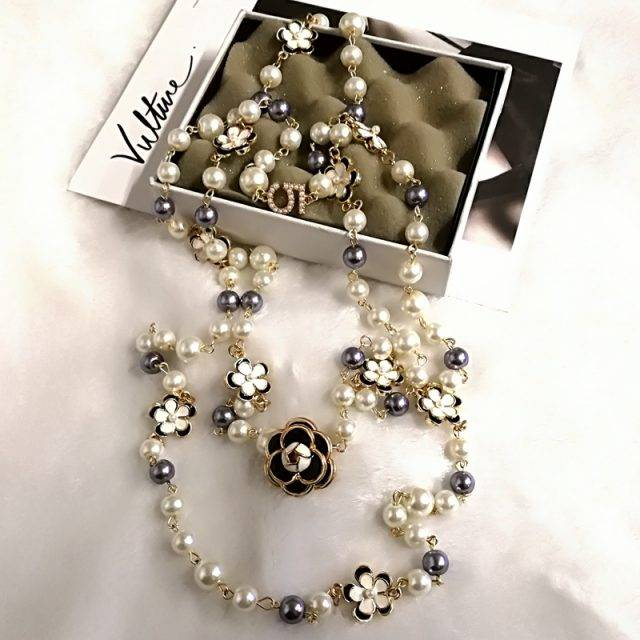 Luxury Pearl Desig Necklace for Women
