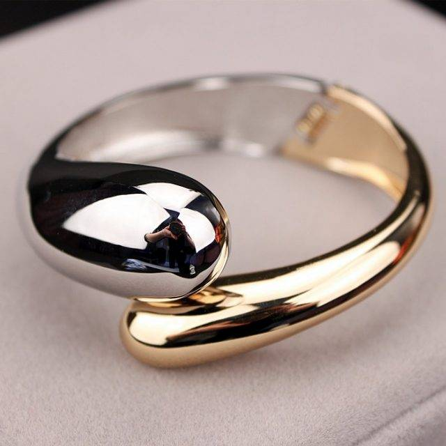 Women's Fashion Opened Bangle Bracelet