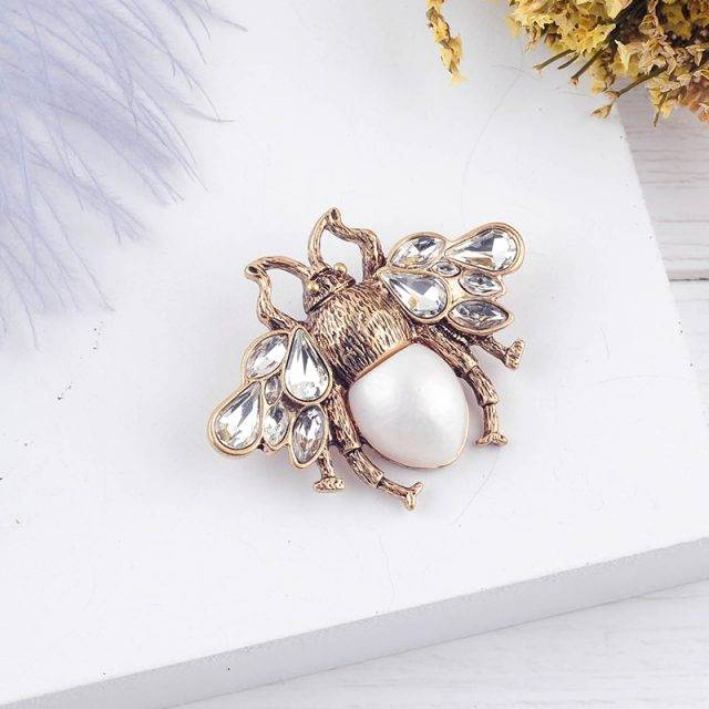 Women's Bohemian Bee Shaped Brooch